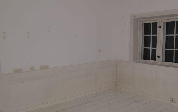 Maler Sorø, værelse før maling